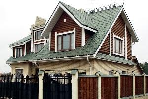 Строительство дома с ломаной крышей