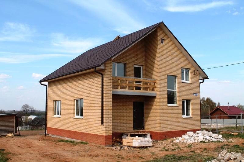 Дом в деревне Красная Новь